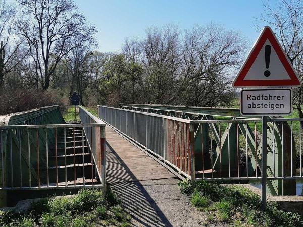 Bild: Alte Schluffstrecke Grefrath: Keine Sperre nach erneuter Prüfung der Brücke