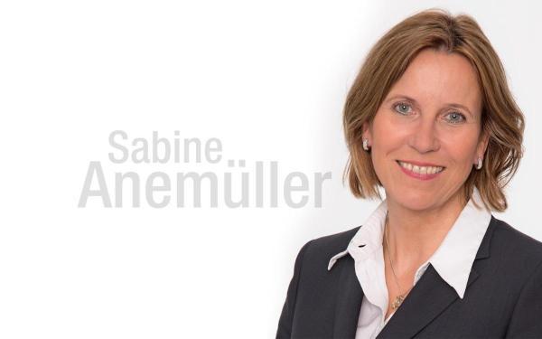 Bild: Bürgermeisterin Sabine Anemüller: Zusammenhalt ist wichtig