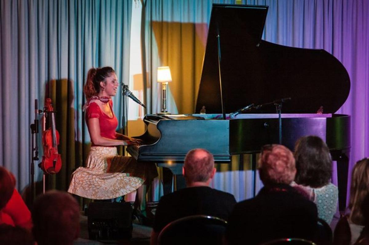 """Veranstaltungsbild zu Omnitah """"Solo am Klavier"""" -Tournee"""