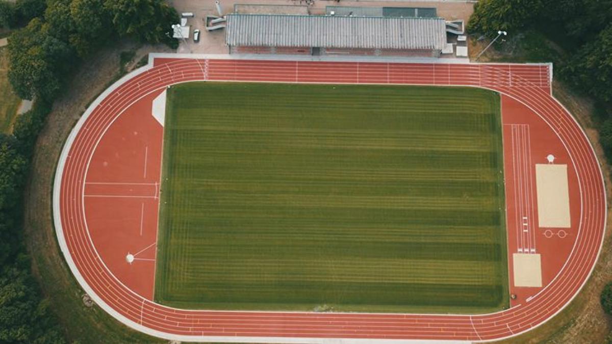 Bild Wiedereröffnung Stadion Hoher Busch